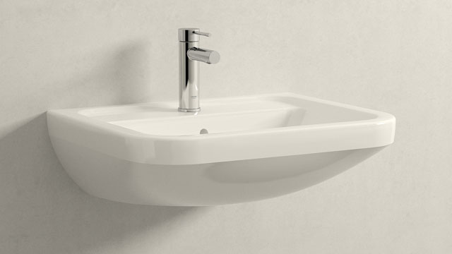 GROHE Essence NEW STAGLIA - + Villeroy&Boch Omnia architectura